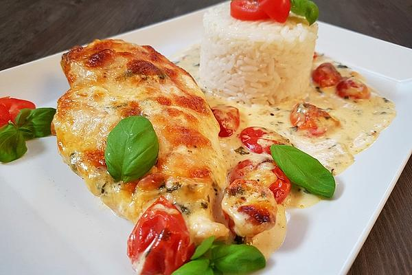 Mozzarella chicken in basil cream sauce